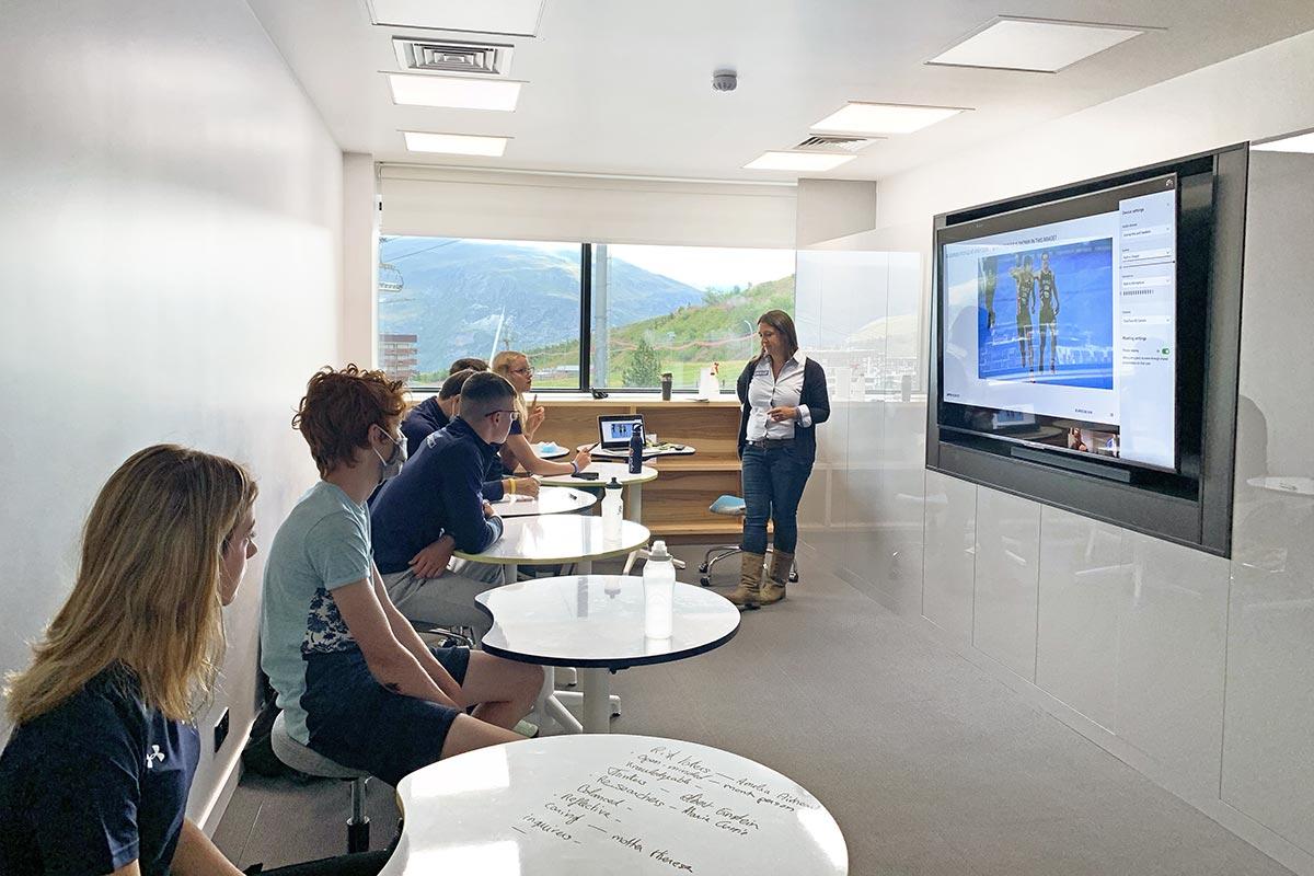 APEX2100-classroom